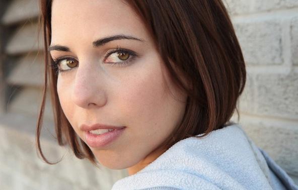 laura bailey voice actress - photo #10
